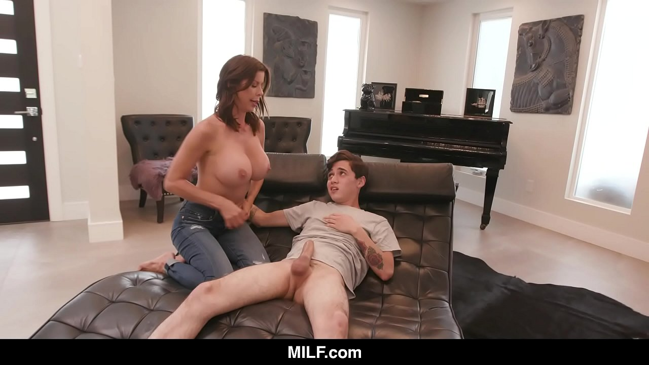 Alexis Fawx Wet Food Porn milf - alexis fawx plays nurse with a young stud - xvideos