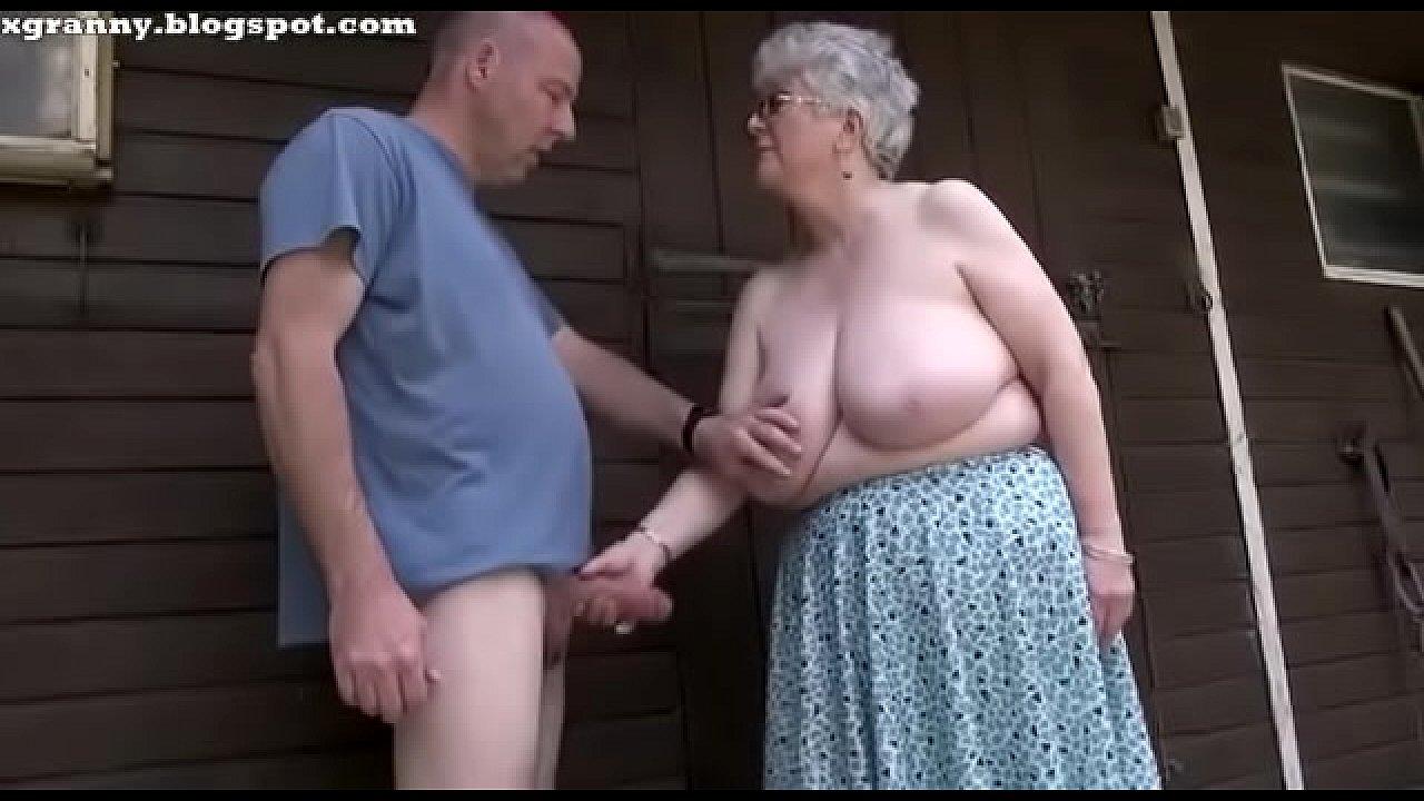 Abue Porno Xnxx abuela hace una rica mamada - xvideos