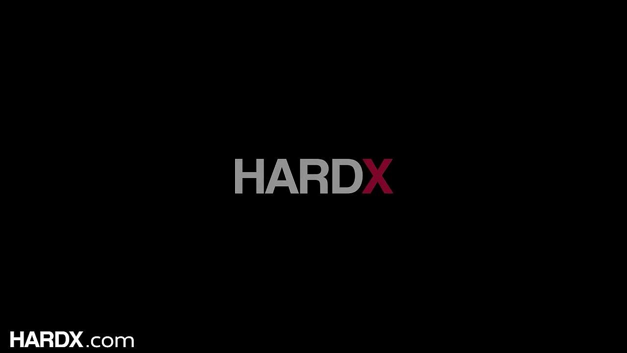 HardX - 95 Pound Spinner Harmony Wonder Gapes From Anal