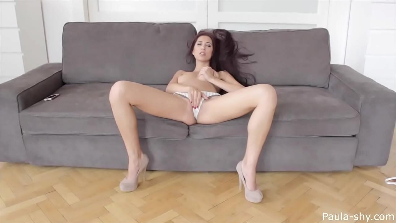 Pretty Ebony Solo Masturbation