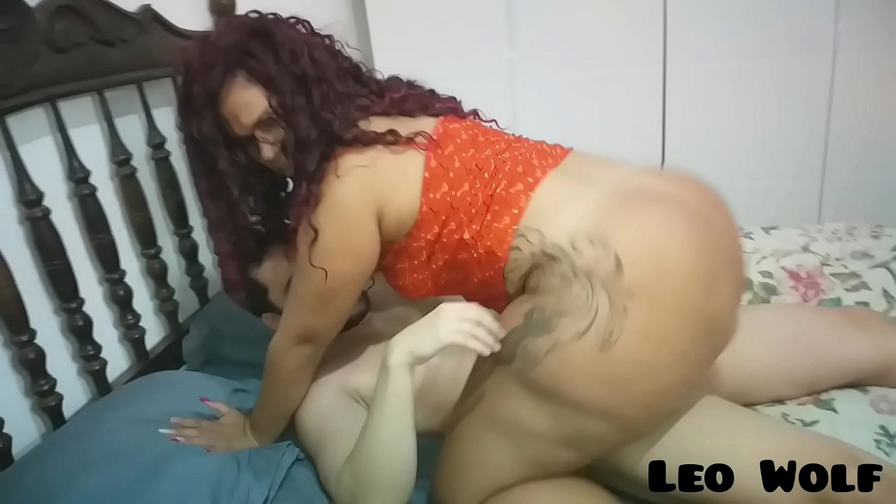Curly Haired Fat Woman Having Hot Sex With Man at Home