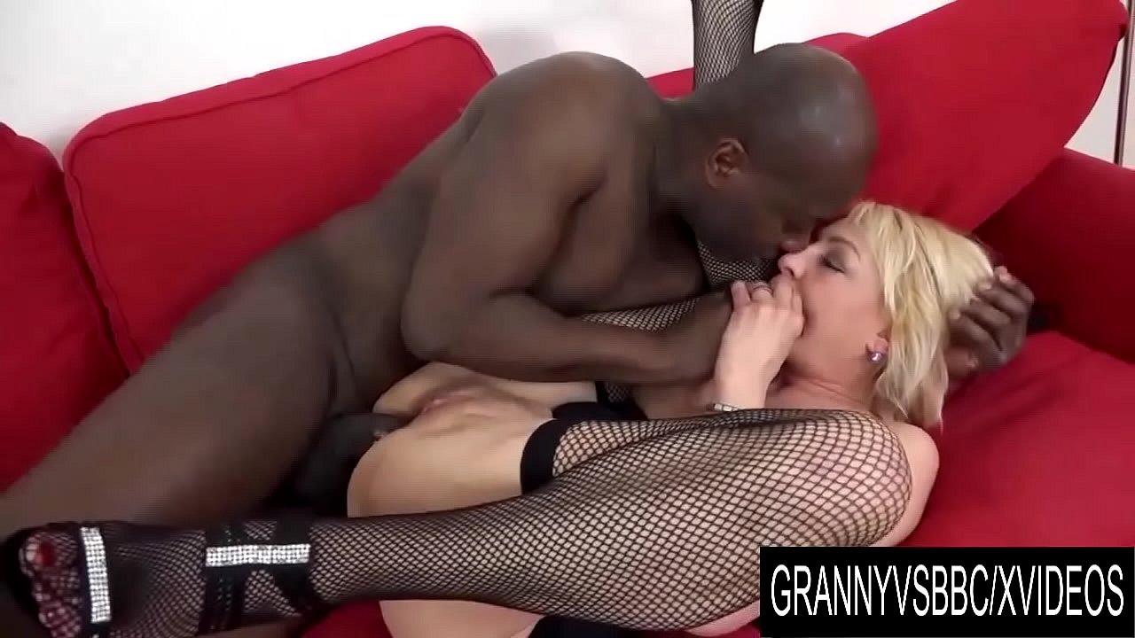 German Granny Anal Creampie