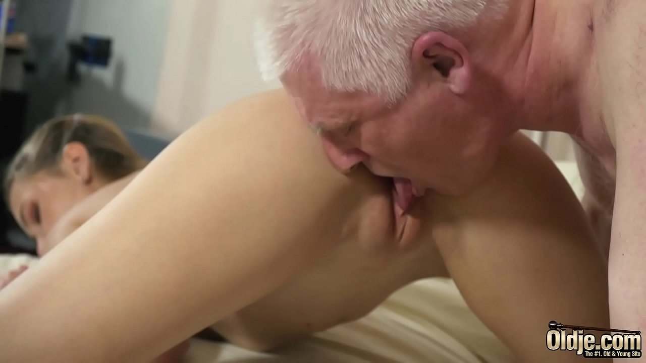Old Man Fucks Girlfriend