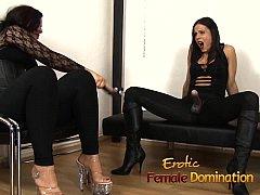 Juicy slave doesnt make a sound as the mistress...