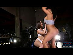 Booty workout in the nude by two big ass pornstars