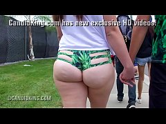 Young PAWG bubble butt teen walking showing her...