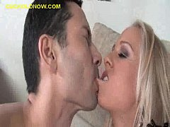 Cuckold Kiss Wife Between Sucking