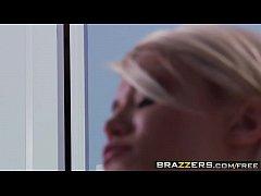 Teens like it BIG - (Ash Hollywood) wants her m...