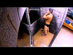 Breno do bbb18 pelado no banho - parameninus.com