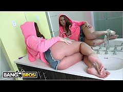 BANGBROS - PAWG Maddy O'Reilly Takes Anal From ...