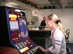 belgian Jill fucks dutch bartender (Vlaamse Jil...