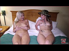 GIRLS GONE WILD - Young Lesbian College Girls H...