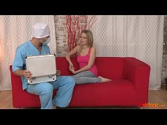 thumb 18videoz   a ssfucked chloe blue by the doctor