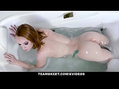 GingerPatch - Slutty Ginger Teen Katy Kiss Puls...