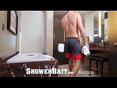 ShowerBait Straight Ty Mitchell shower fucked b...
