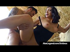 Horny Hiker Lea Lexis Gets Banged By Alex Legen...