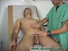 Free vids of doctors giving physical exams to m...