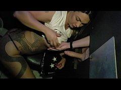 Fernandinha Fernandez com 2 na cabine (glory hole)
