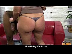Hot Wild Mom with Big Tits gets Pounded by Blac...