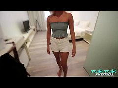 Hot and horny Asian blonde stunner rides the he...