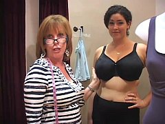 thumb bra fitter grop  e big boobs girl in a bra sho rl in a bra shop l in a bra shop