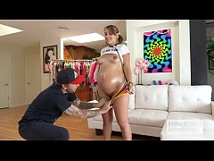 Pregnant babe Indica Monroe has rough hookup wi...