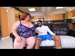 Sexy SSBBW Lexxi Luxe Feeds Stallion Breakfast ...