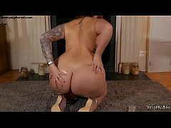 British BBW Babe Paige Turnah Naked Oil Show Na...