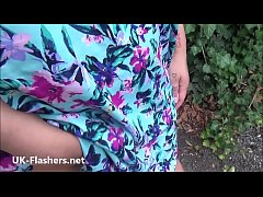 Amateur bbw babe Bobbies outdoor flashing and b...