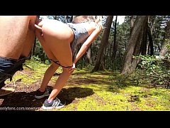 Nympho Teen DEEPTHROATS me in the forest, gets ...