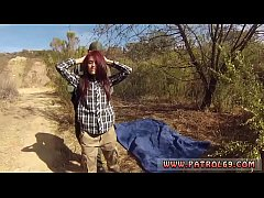 Laura captured cop Oficer of patrol agrees to h...