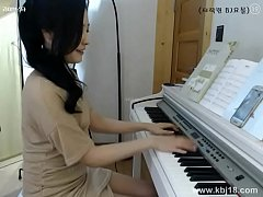 Cute korean Girl Masturbate - More sexgirlcamon...