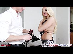 Hot blonde Summer Brielle gets facialized