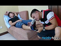 The smell of feet makes Asian twink stuff his f...