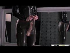 LesbianCUMS.com \u21e8 Latex Milf Masturbation Strap...