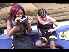 exotic girl with lesbian mommy