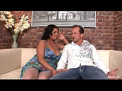 Jasmine Empties Cum from Three Humongous Cum Sh...