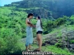 Mallu young beauty hugh boob grab in river.What is the movie actress name please