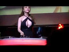 DJ Candy Ha Sexy Qu\u1ea9y - Nonstop Nh\u1ea1c Sàn C\u1ef1c M\u1ea1...