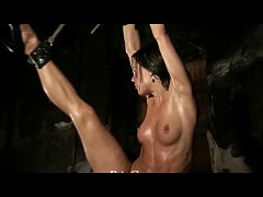 Flexible Slave girl Alex Zothberg whipping and ...