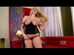 Super busty blonde beauty Angel Wicky enjoys a ...