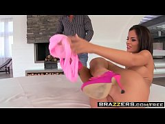 (Black Angelika, David Perry) - Entering Through The Back Of Angelika Black - Brazzers