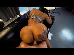 Hot black milf with a huge ass gets fucked REAL...