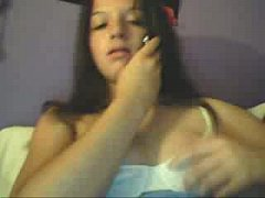 Teen girl masturbating CAM- teenfootcam.eu