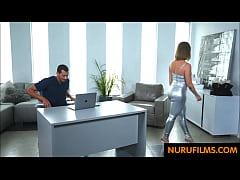 Bubble butt massage