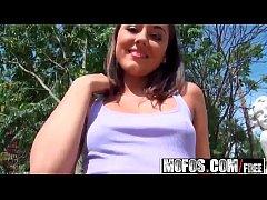 Mofos World Wide - Wa Wa Iwia starring  Iwia
