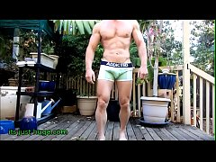 Hung Bodybuilder Strips out side from boxer briefs - Zak Rogerz Video