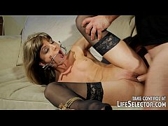 Kinky fuckdoll Doris Ivy is being dominated by ...