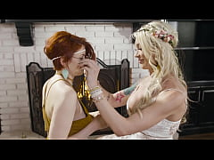 Bree Daniels, Aubrey Kate got bored picking flowers so they decided to fuck