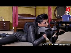 Brazzers - (Romi Rain, Mick Blue, Stallion, Ton...